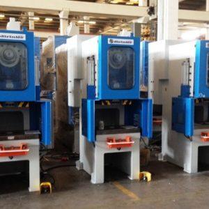 3 stk Nye 63 tonn presser installert hos oss Sept. 2015